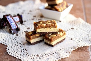 Healthy Fun-size Snickers Bars (Vegan, Grain-Free)